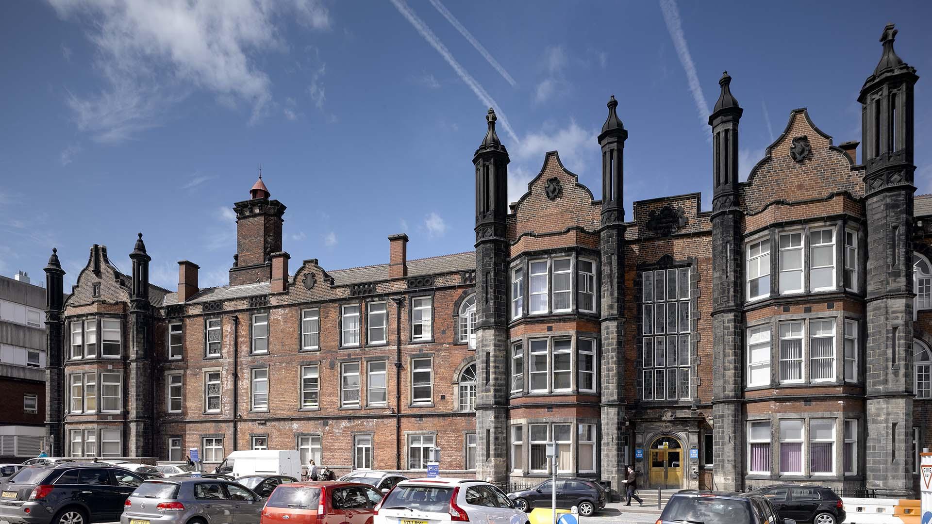 St James S University Hospital Health Ahr Architects